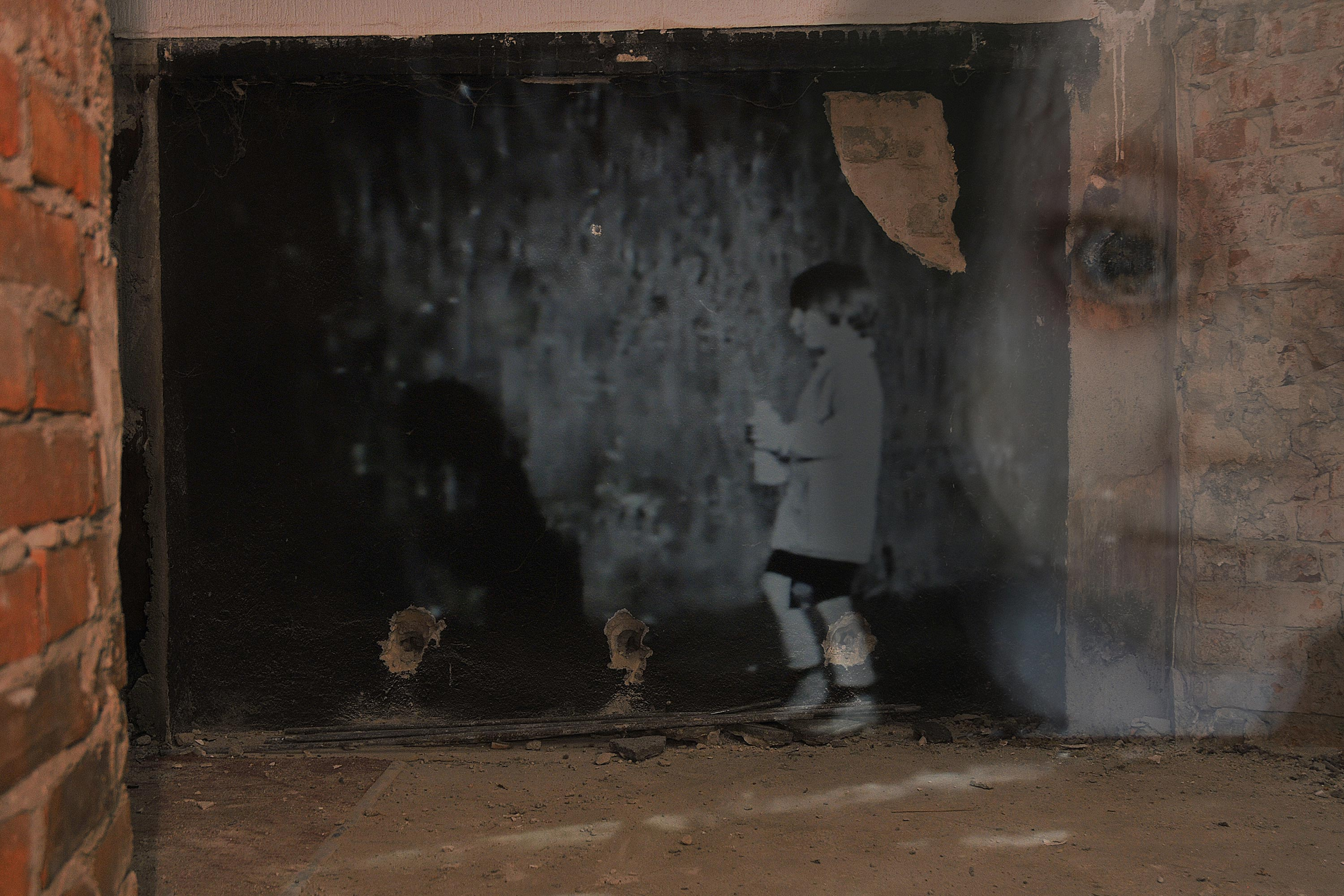 Shadow`s Fissures  #17, 80 × 120 cm, 2011